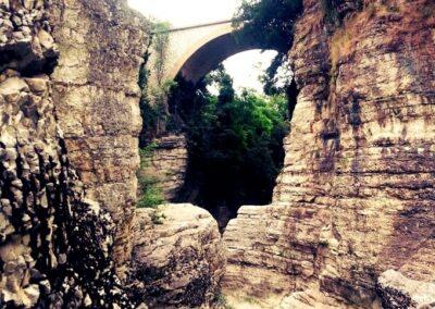 Ponte dei Saltelli, Lato Furlo - Marmitte dei Giganti - Foto: Davide Franceschelli